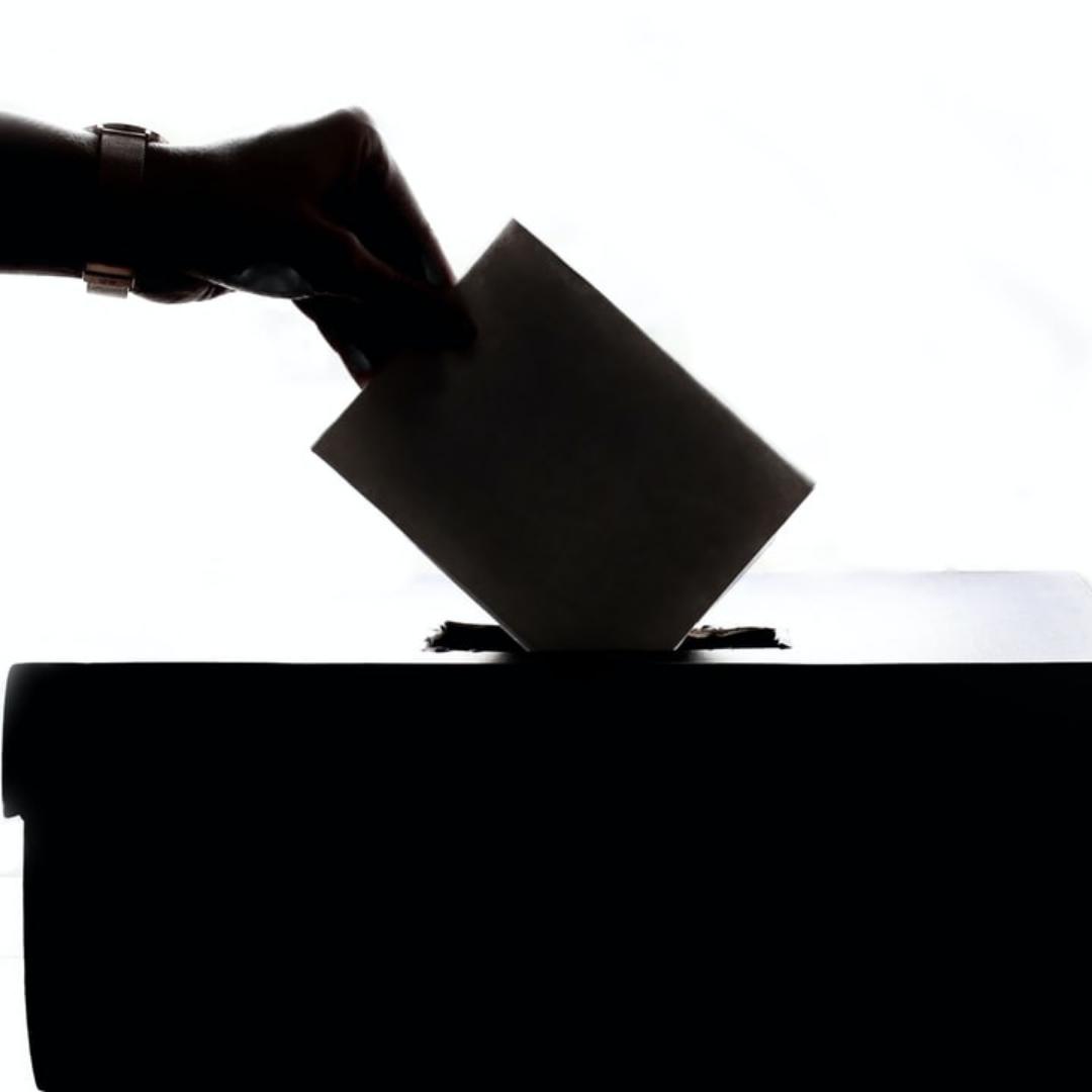 Va-t-on enfin (re)trouver la démocratie locale dans nos communes ?